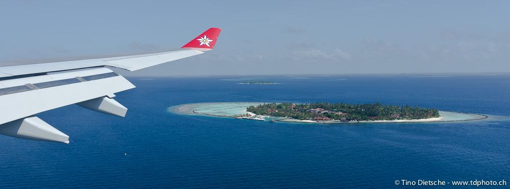 unter der wasseroberfl che des indischen ozeans s d ari atoll malediven 2011. Black Bedroom Furniture Sets. Home Design Ideas